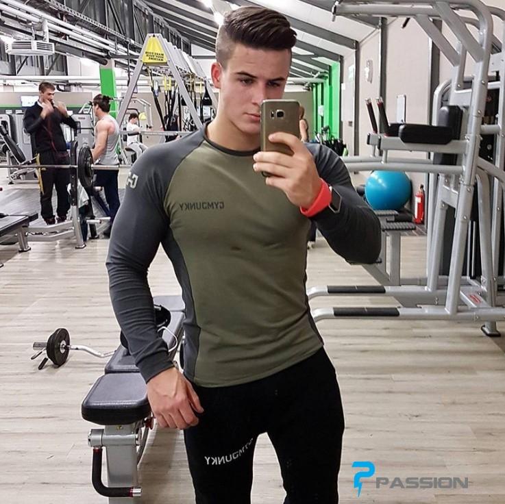 Áo tập gym nam Gym Junky dài tay A64 màu xanh lính